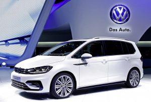 volkswagen touran r line dsg highline confortlinevente import auto. Black Bedroom Furniture Sets. Home Design Ideas